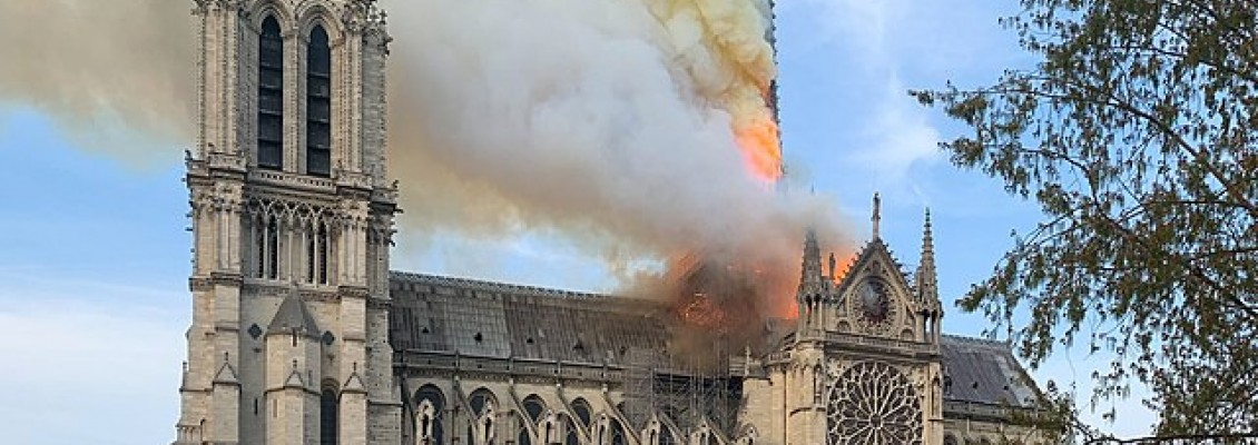 Lóreal y Notre Dame: ¿Altruismo o Marketing?